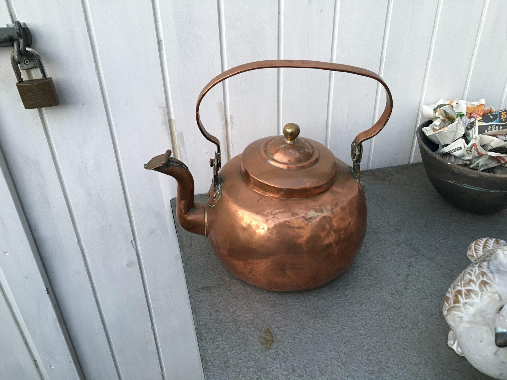 210 år gammel kobberkedel, pris 600 kr