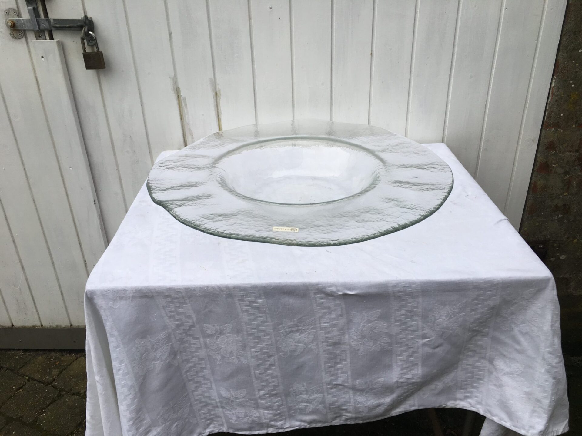 Mega glasfad/skål, pris 200 kr