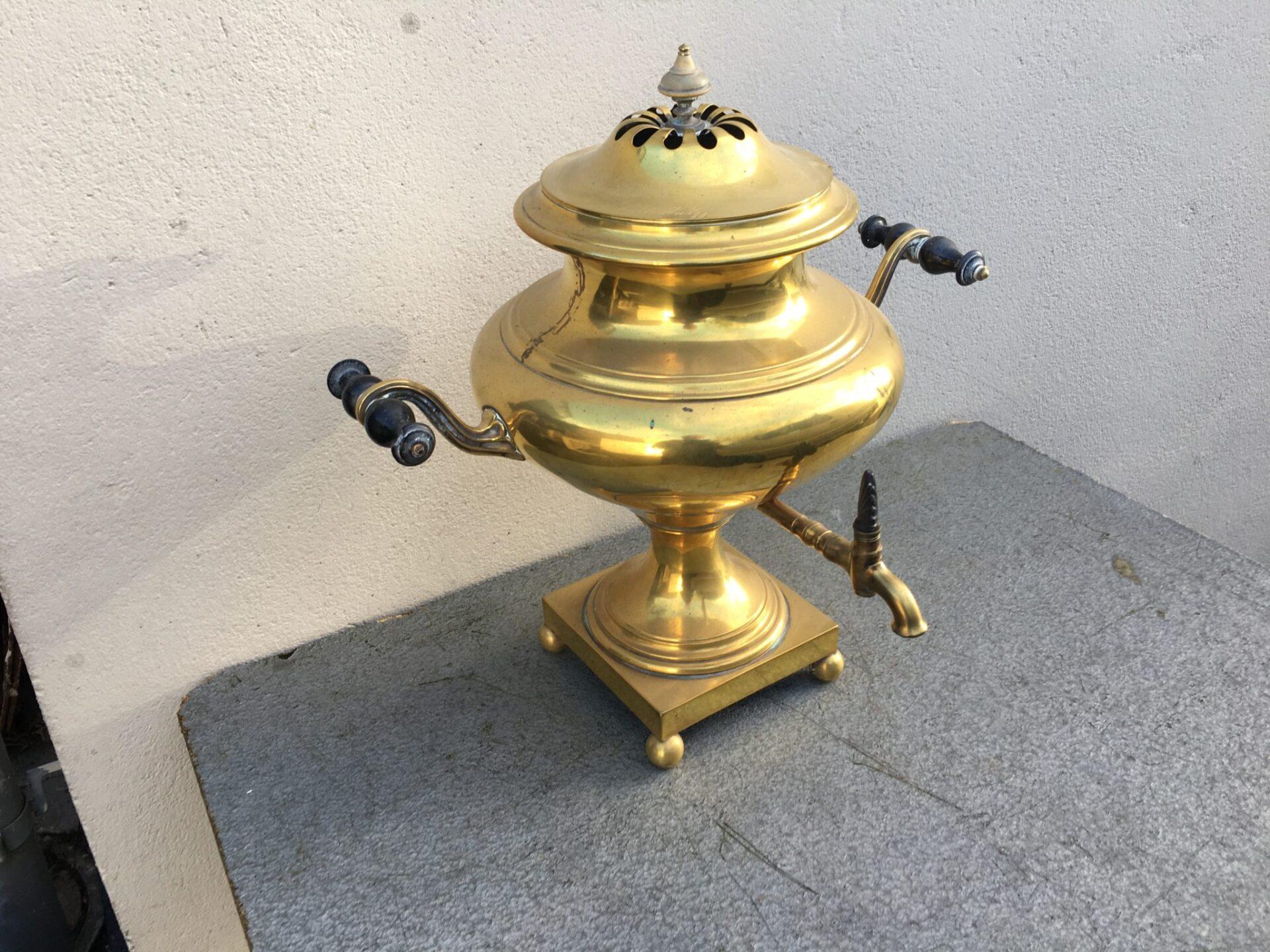 Antik samovar, 500 kr