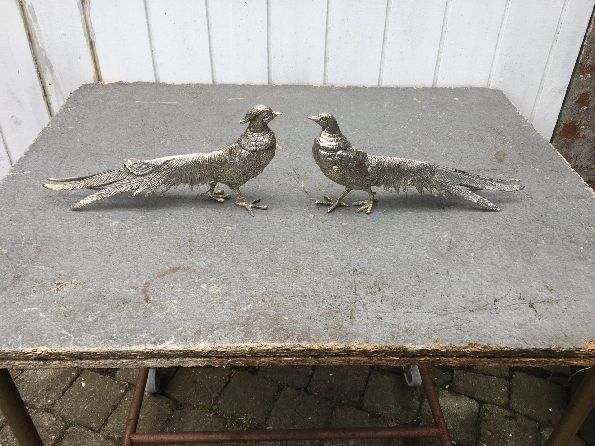2 stk fasaner af pletsølv, l=31cm, samlet pris 500 kr