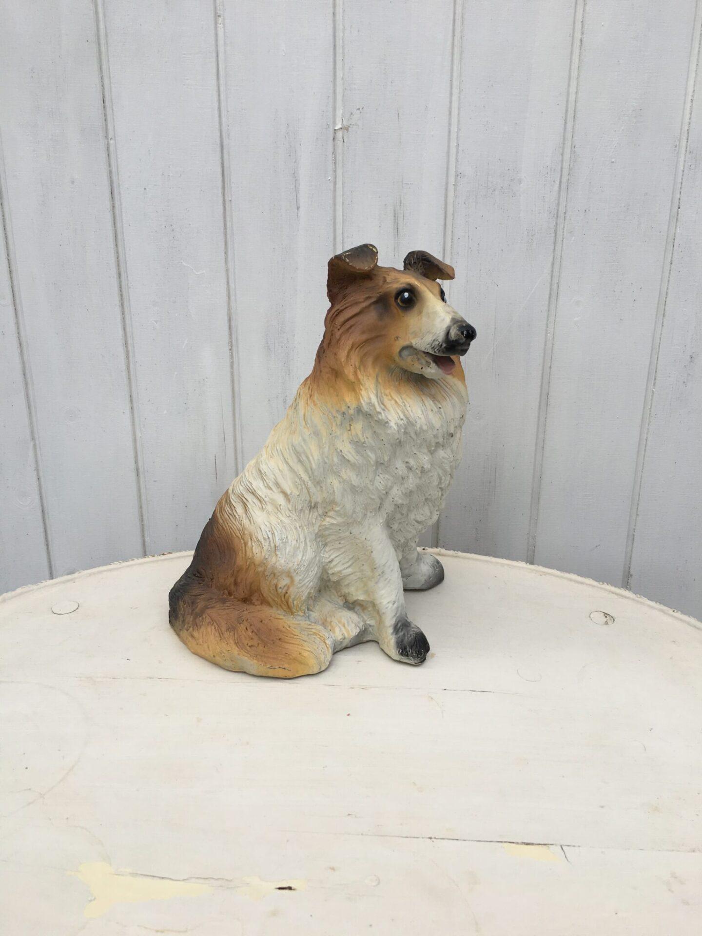 Lassie hund, h= 30 cm, pris 300 kr