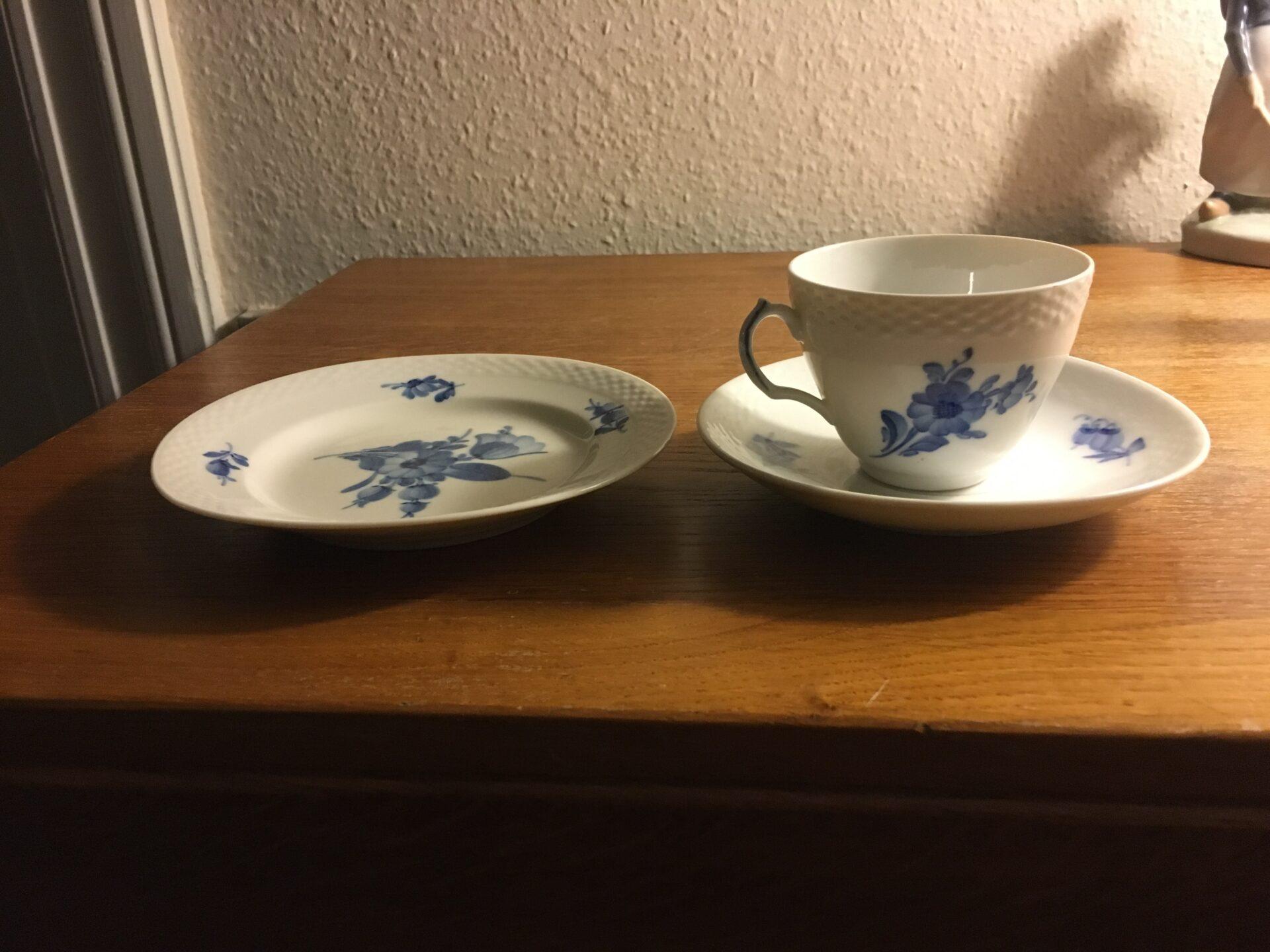 Blå Blomst flet, kop+underkop+sidetall. i alt 125 kr (kop nr 8261) (mange sæt på lager)