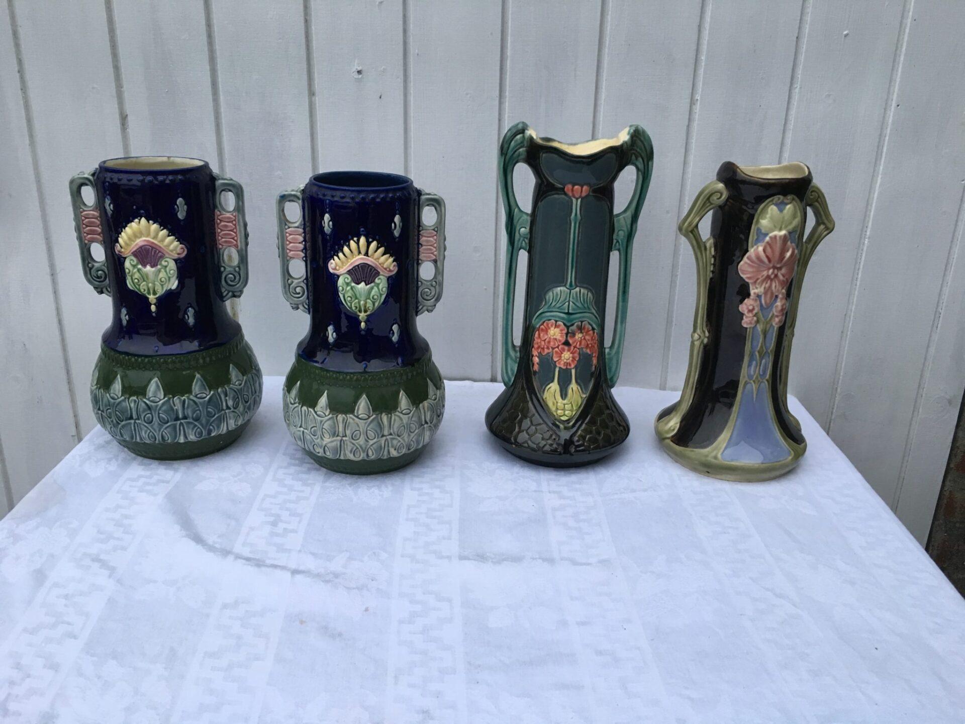 Antikke Majolica vaser i Jugendstil, pr. stk 300 kr