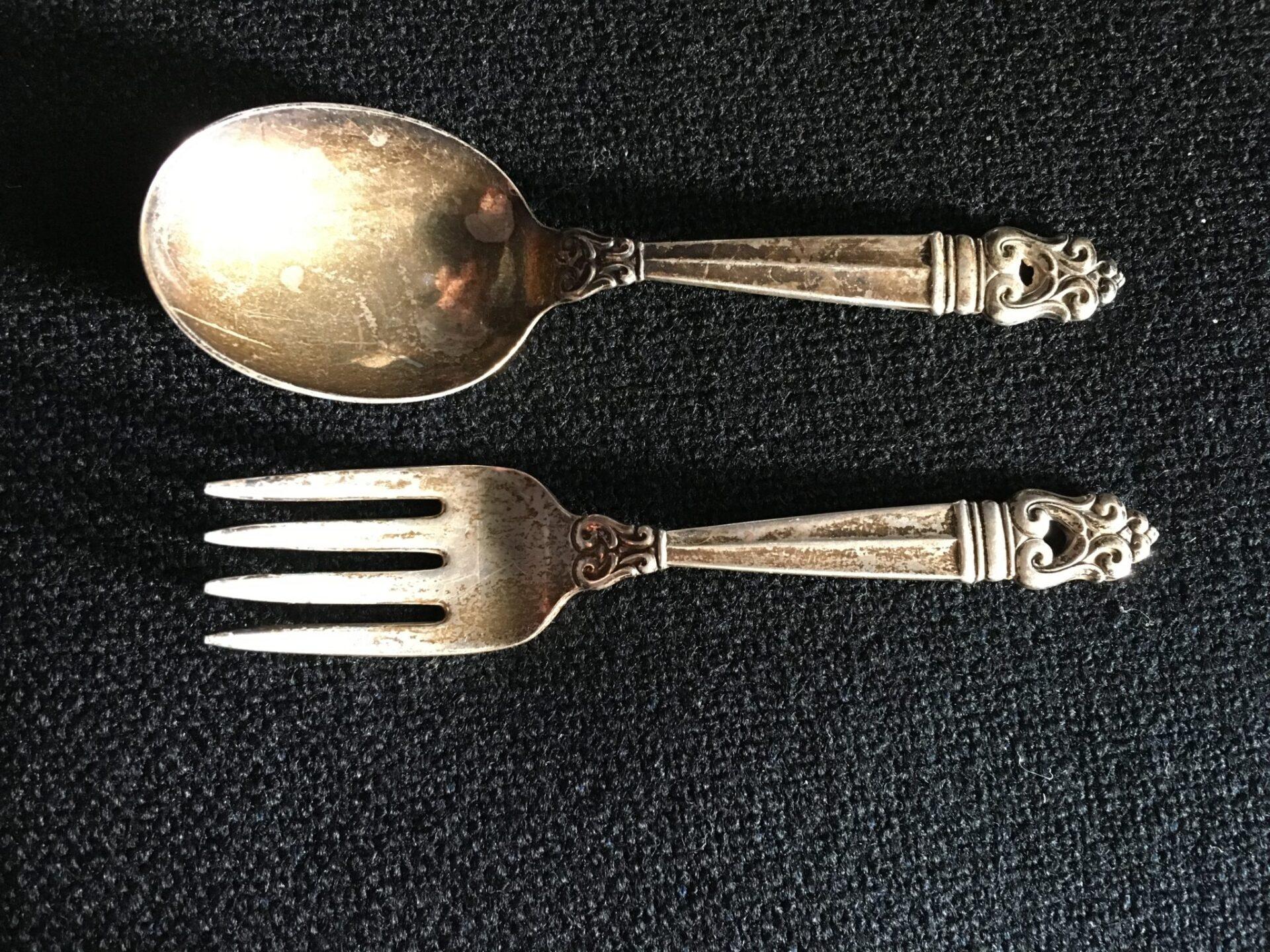 Børnebestik, sterling sølv ialt 600 kr