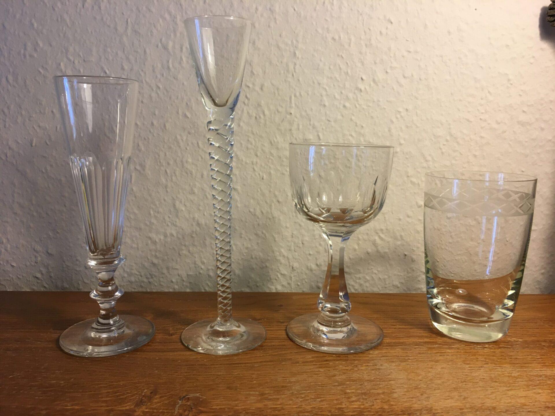 Gamle danske glas fra Holmegaard