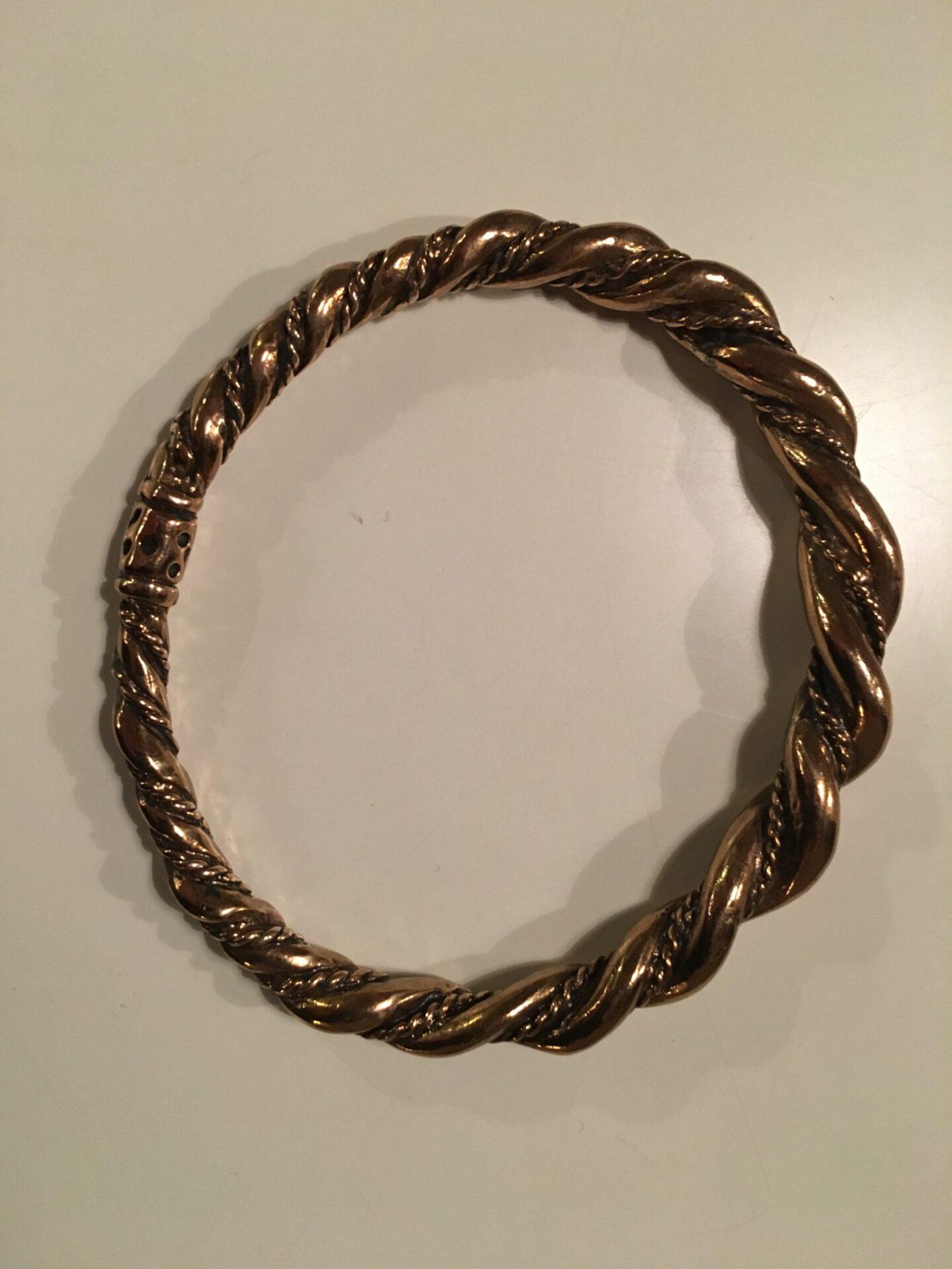 Vikinge armring i bronze 500 kr