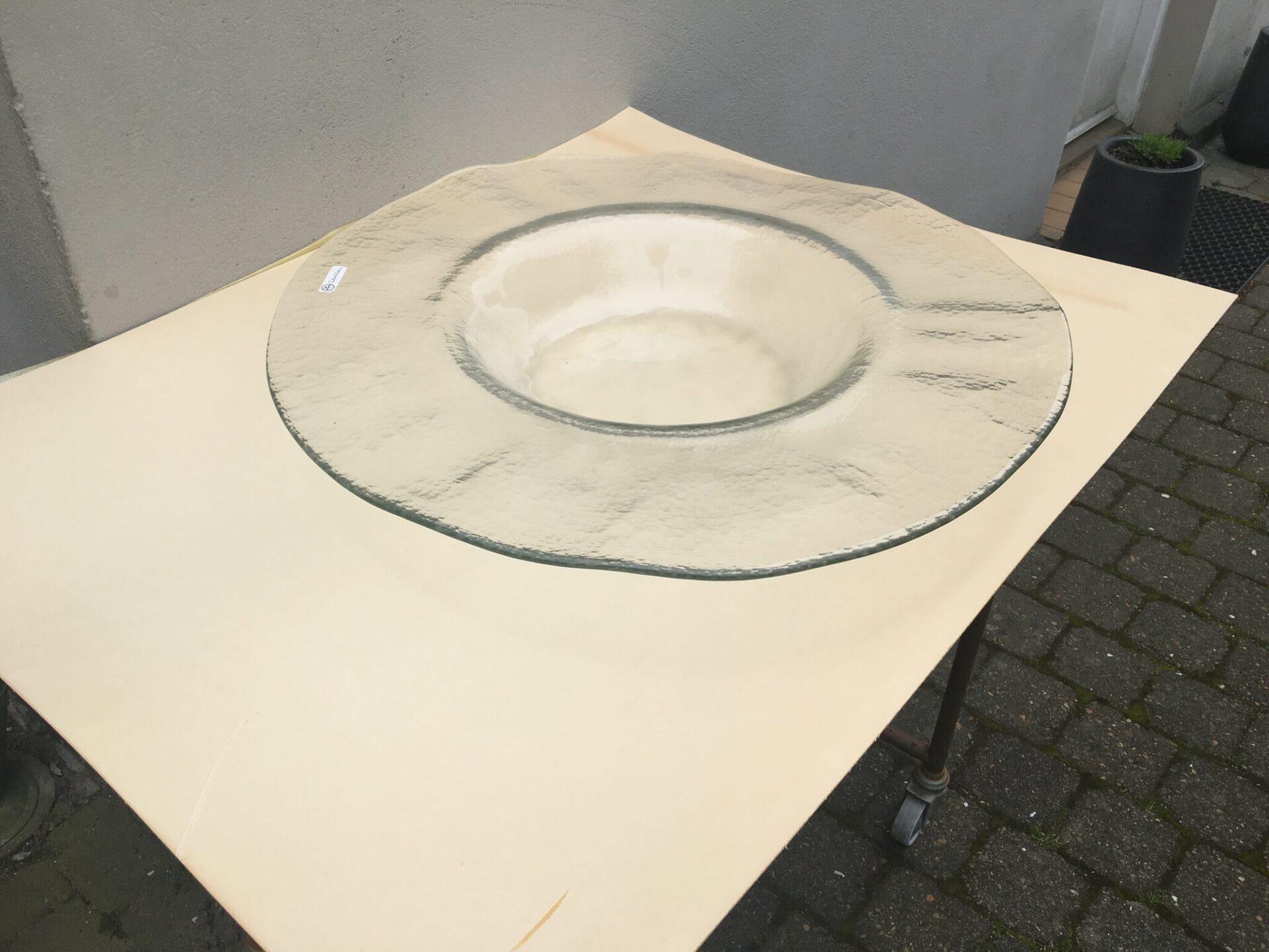 Kæmpe glasfad/bordfad af glas, d = 61 cm, pris 200 kr
