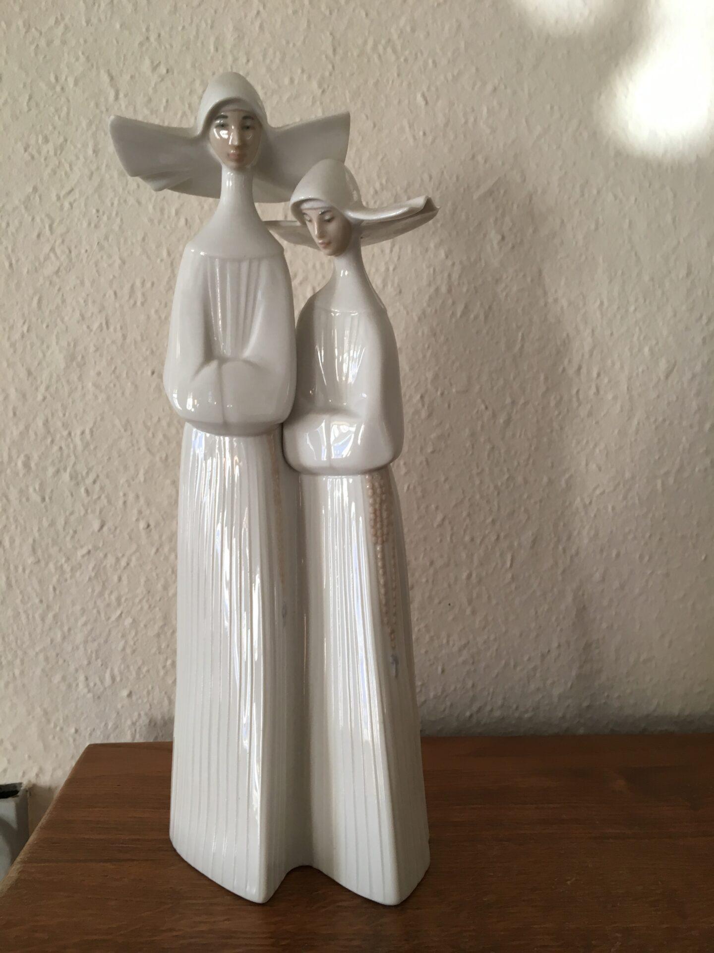 Stor Llado figur, h= 33 cm, pris 500 kr