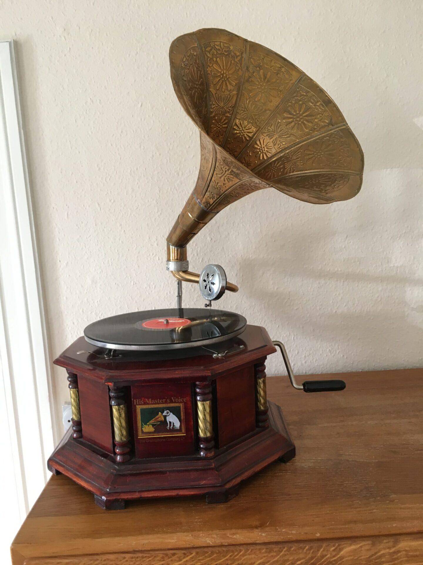 His Master Voice, grammofon, Kopi pris 500 kr