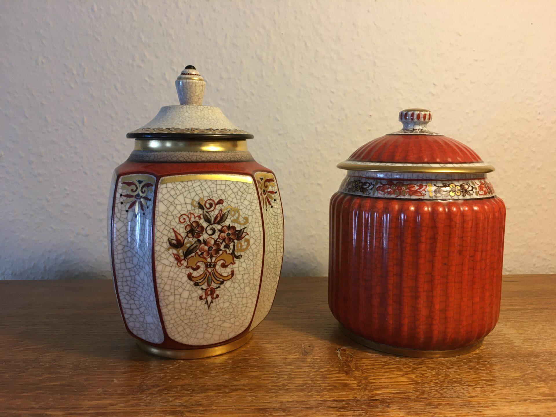 Dahl Jensen, lågkrukker, krakkelé porcelæn, 1. sortering (nr. 196/600 og 225/666), pr. stk 500 kr