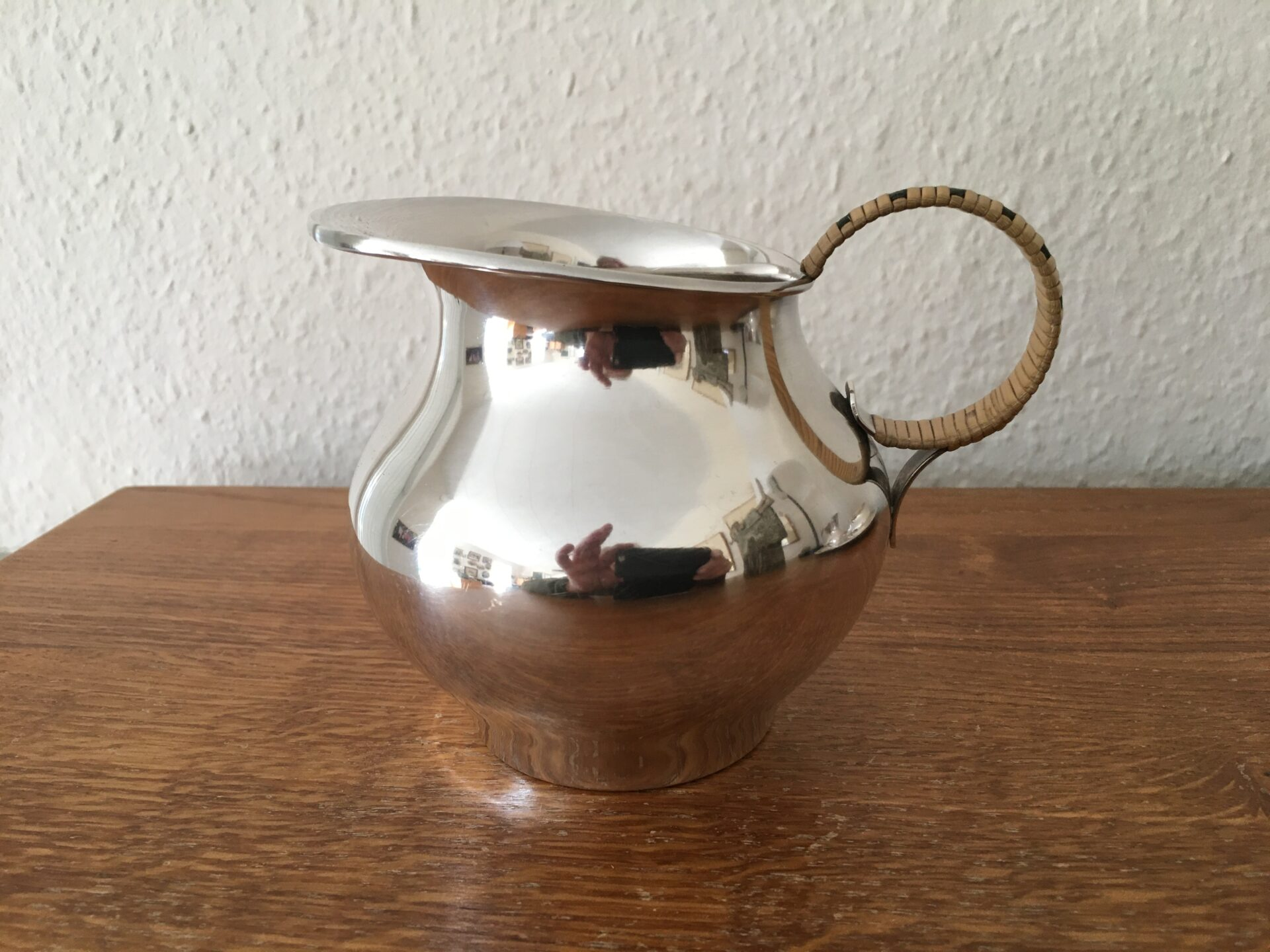 Retro mælke/flødekande, sølvplet meget velholdt, h=11cm, pris 200kr