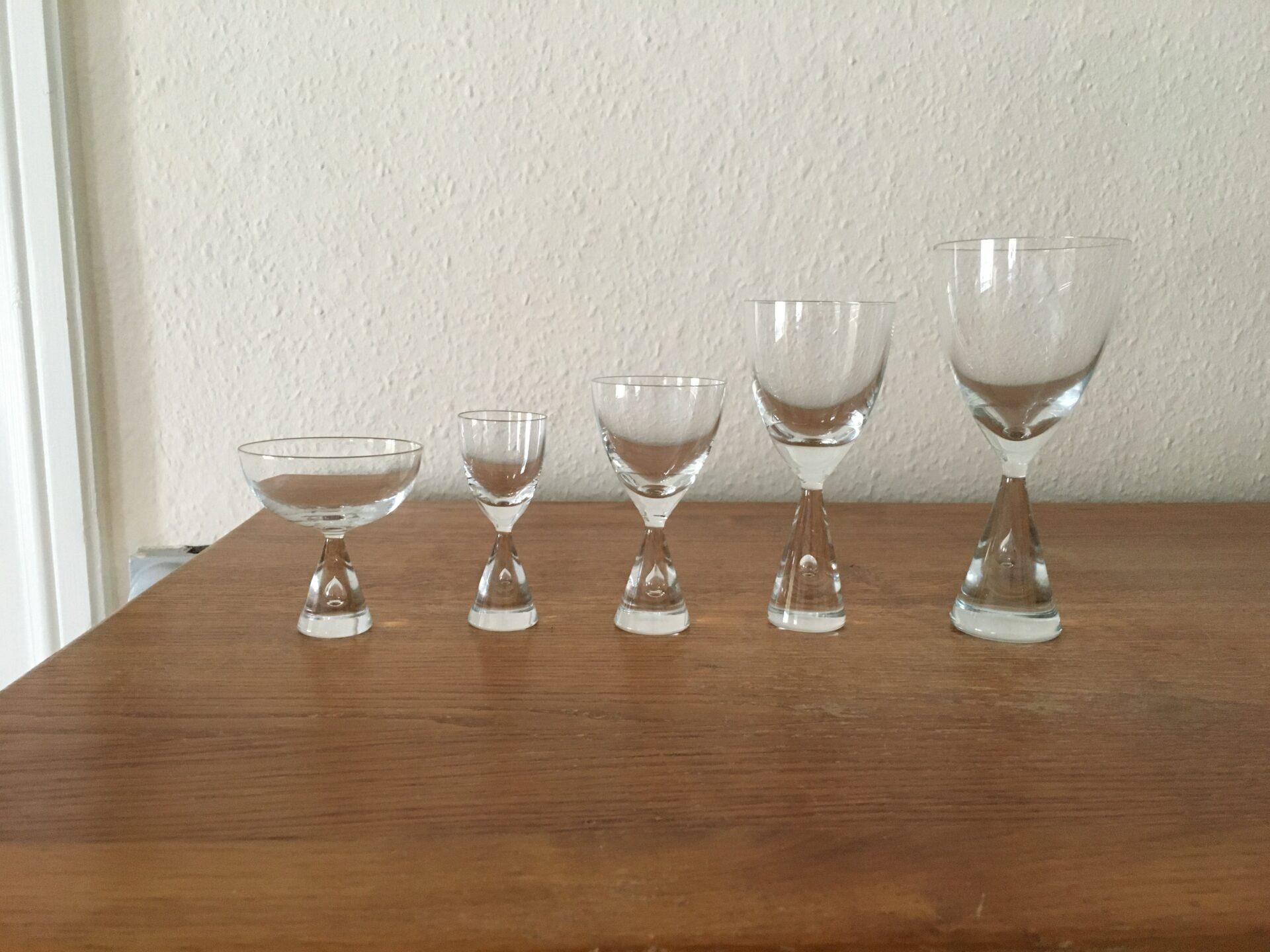 Holmegaard, Princess, rødvin 75 kr, pr stk, hvidvin 50 kr pr stk, snaps, likør og portvin pr stk 30