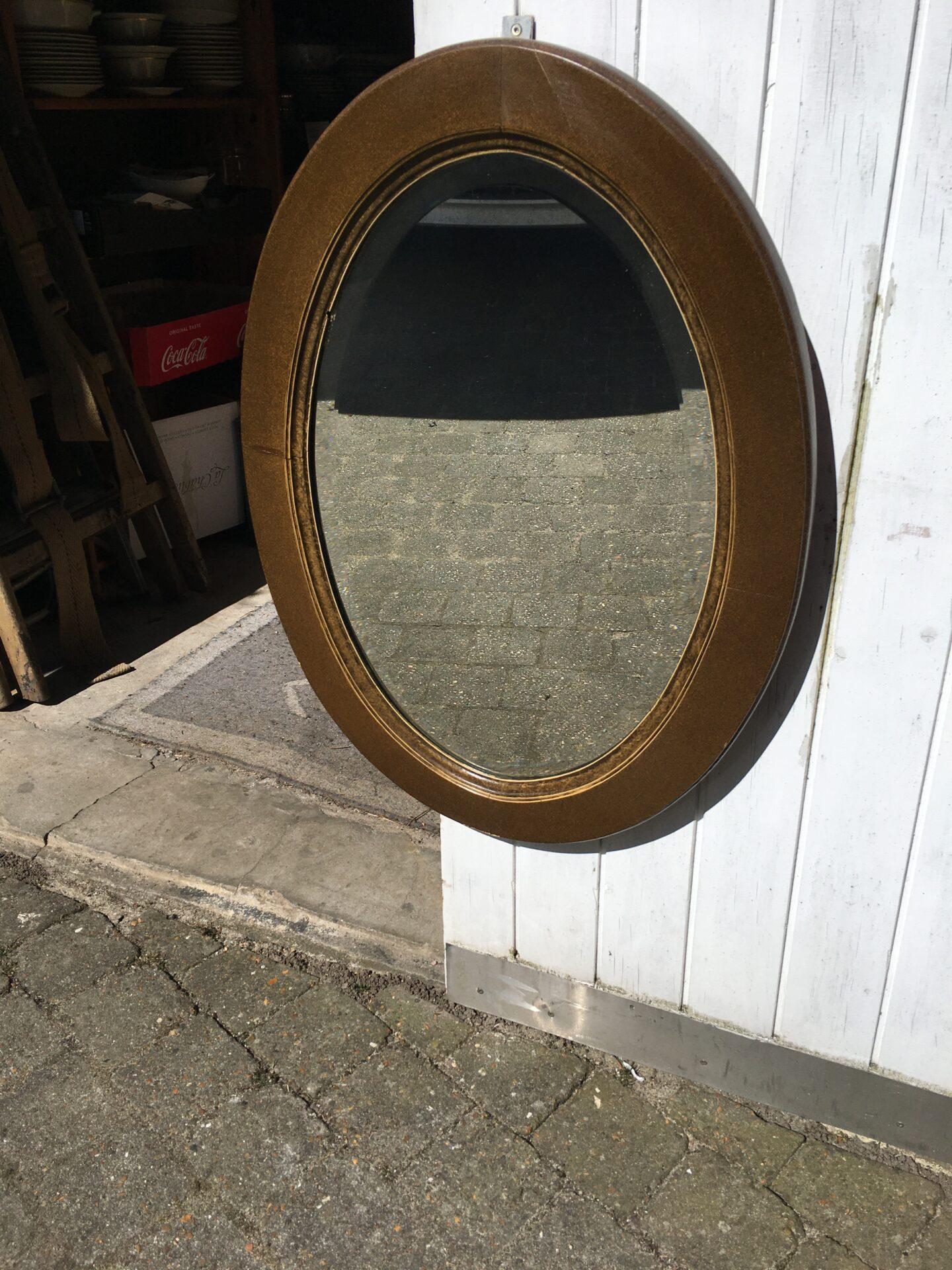 Antikt spejl, h=76 cm, pris 200 kr