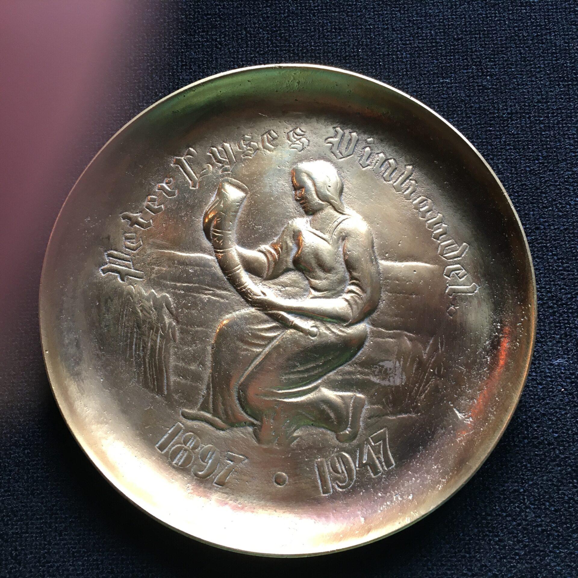 Kraftig bronze platte, d= 16,5 cm