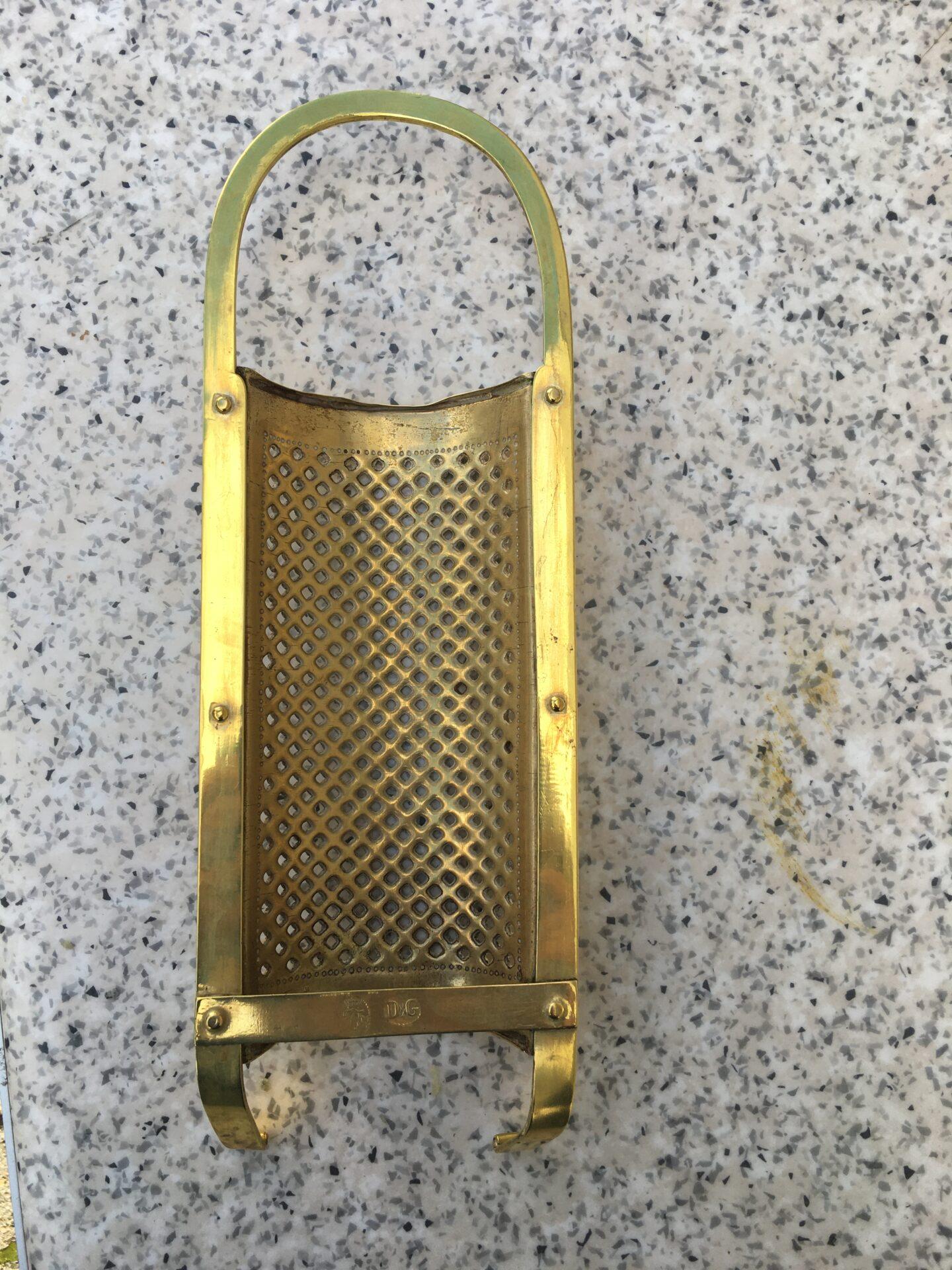 Kobbermøllen i Flensborg, Rivejern, pris 500kr