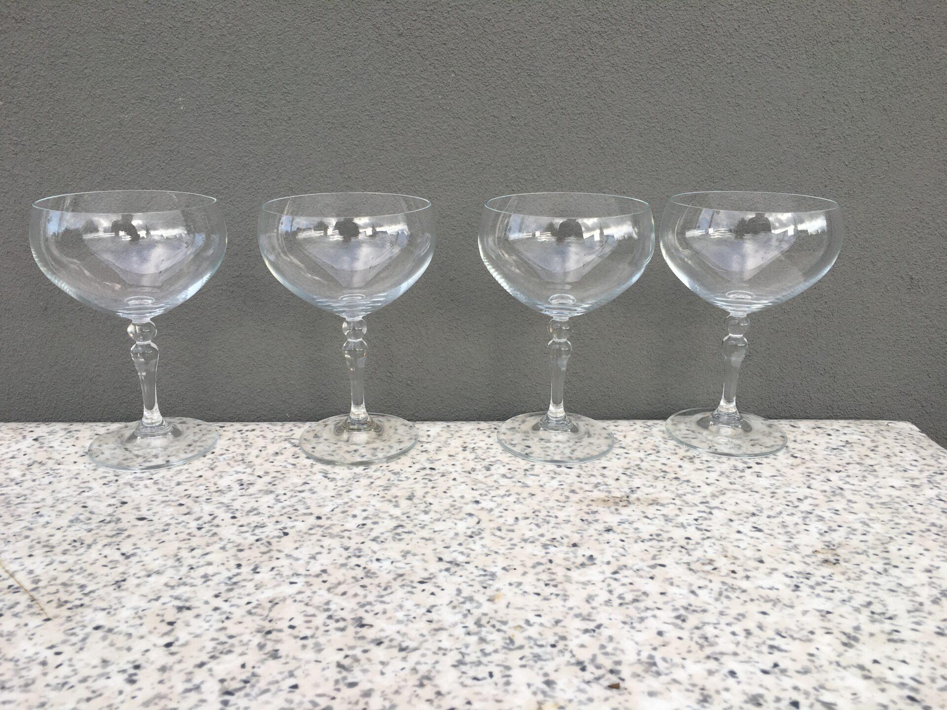Champagneskåle pr. stk 75 kr (h=15,5 cm)