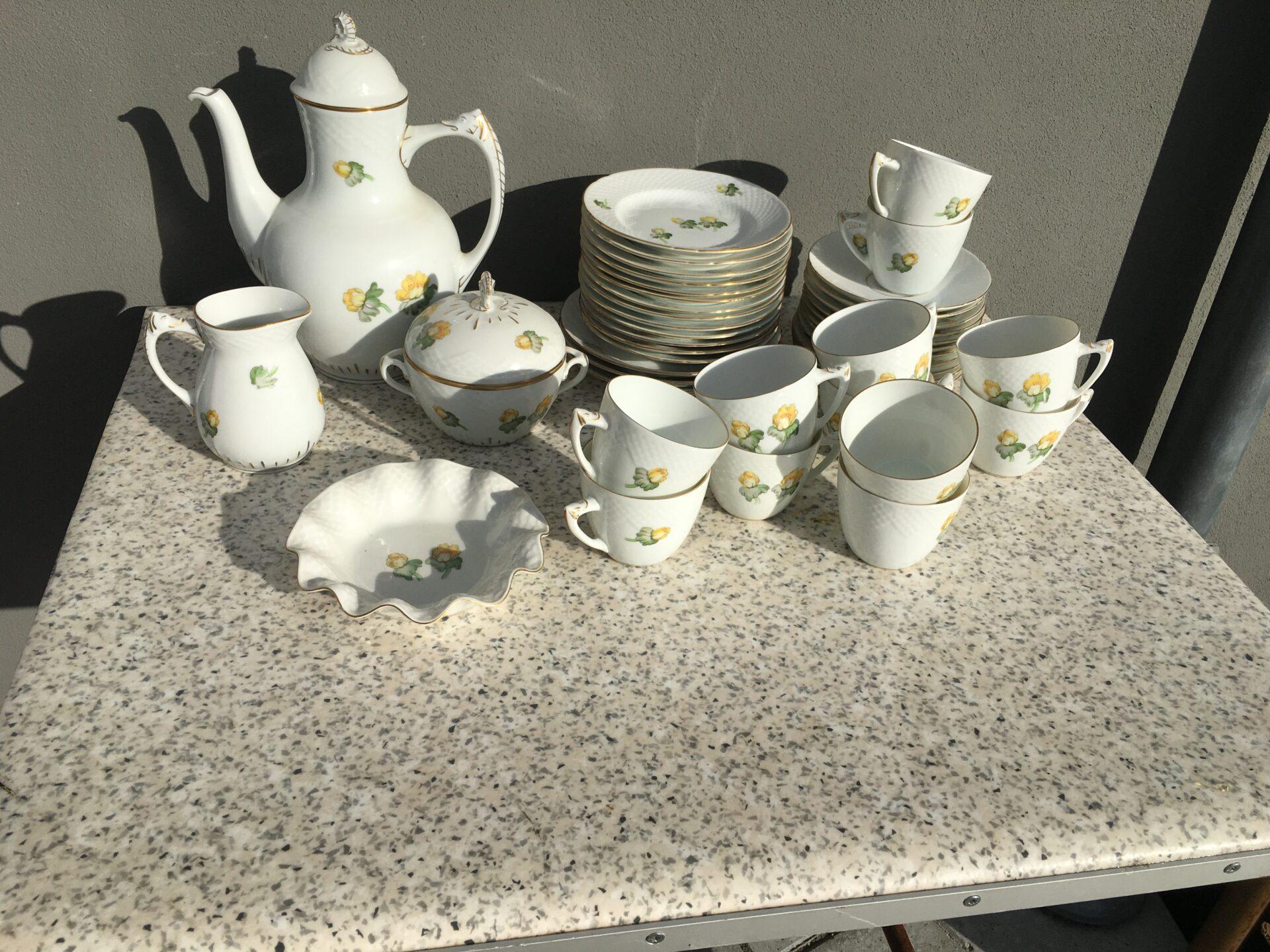 Erantis kaffestel til 12 personer, 1. sortering, fejlfri, velholdt, samlet pris 600kr