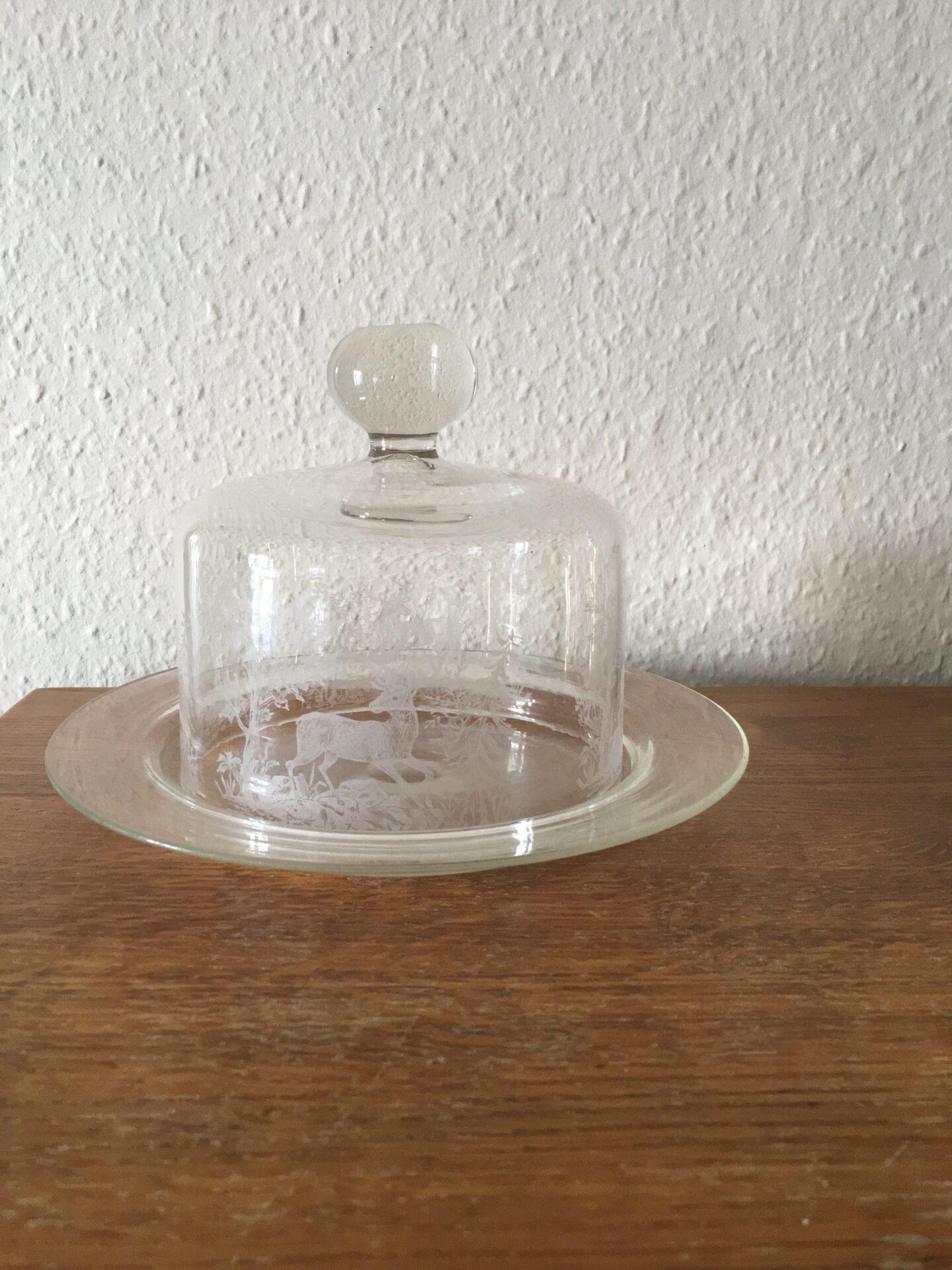 Antik osteklokke med hjortemotiv, Kastrup Glasværk, pris 500kr