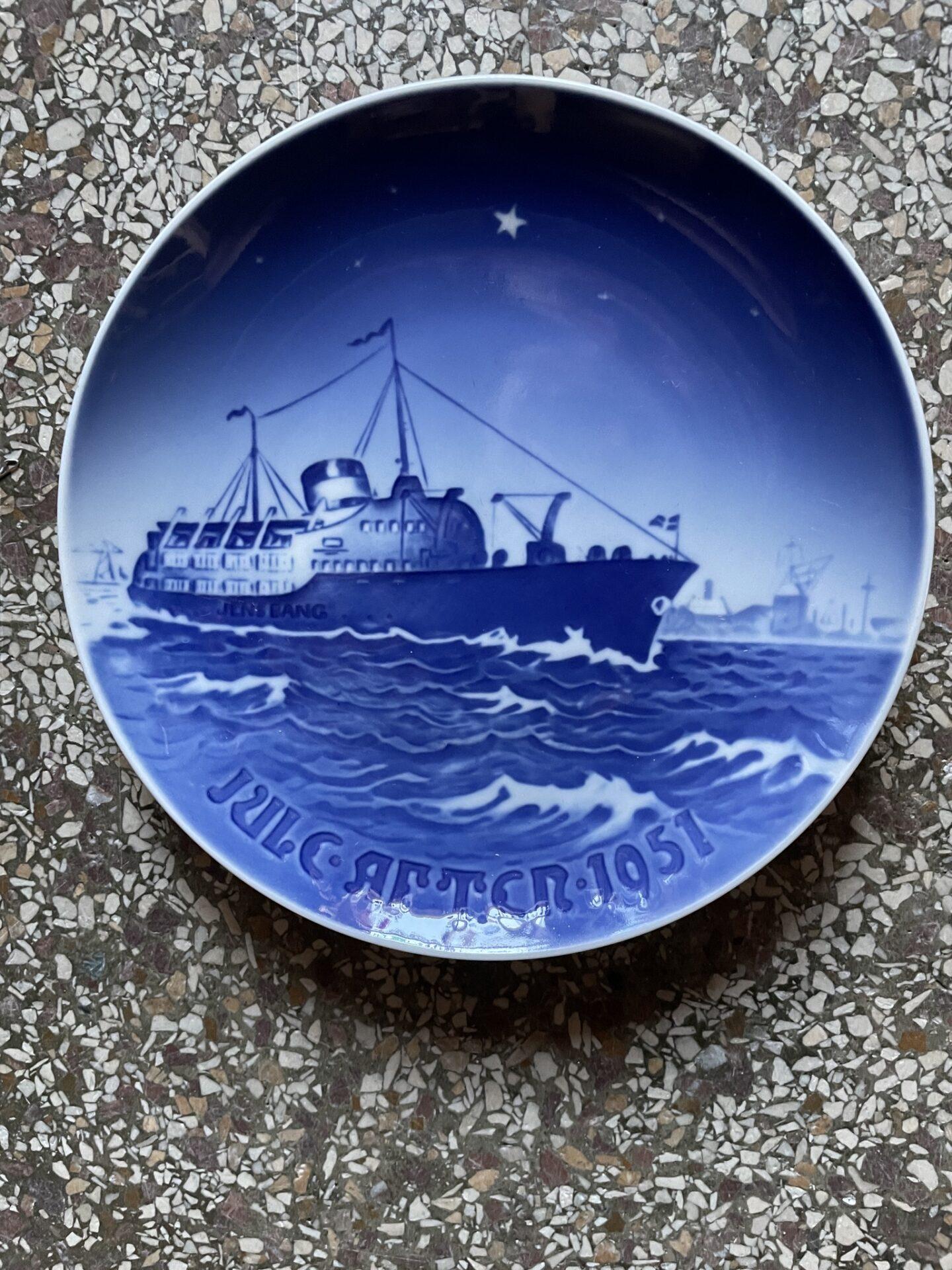B&G juleplatte 1951 (Aalborgbåden M/S Jens Bang) pris 250 kr.